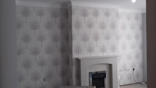 Wallpaper feature wall rear room 1